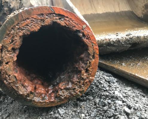 Gammel vannledning